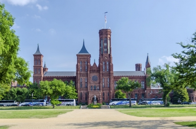 Smithsonian Castle, Washington DC, USA
