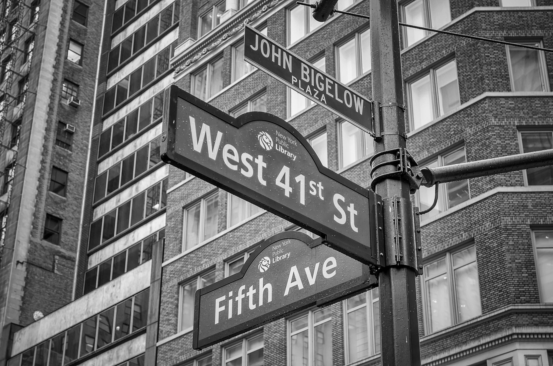 5th Avenue sign, New York City, USA
