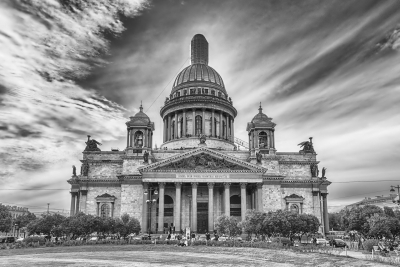 The iconic Saint Isaac's Cathedral in St. Petersburg, Russia