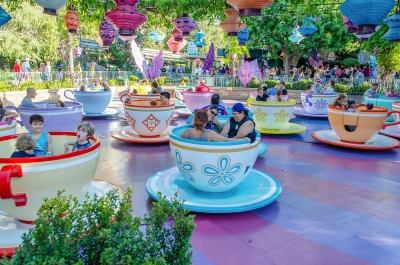 Mad Tea Party attraction at Disneyland Park