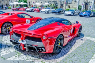 Hundreds of Ferrari supercars gathering