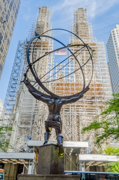 Atlas statue in front of Rockefeller Center, New York