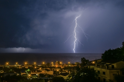 """Lightning over the sea - <a href=""""https://marcorubinophoto.com/product/lightning-over-the-sea-2"""">BUY NOW</a>"""
