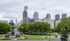 View of the Ben Franklin Parkway and Philadelphia skyline, Pennsylvania, USA