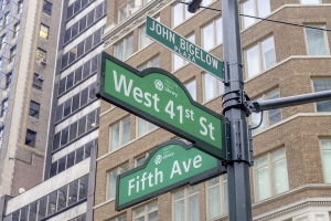 """5th Avenue sign, New York City, USA - <a href=""""https://marcorubinophoto.com/product/5th-avenue-sign-new-york-city-usa-3"""">BUY NOW</a>"""