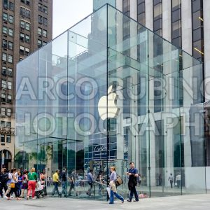 Apple's Fifth Avenue store, New York City, USA