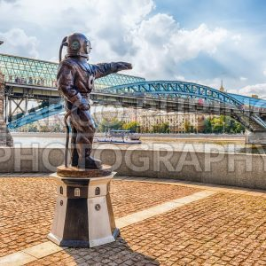 Diver's monument on Pushkin Embankment in central Moscow, Russia