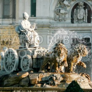 The fountain of Cybele in Plaza de Cibeles, Madrid, Spain - Marco Rubino | Photography - Inspiring imagery for creative projects