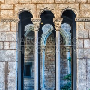 Medieval gothic window, La Ribera district of Barcelona, Catalonia, Spain