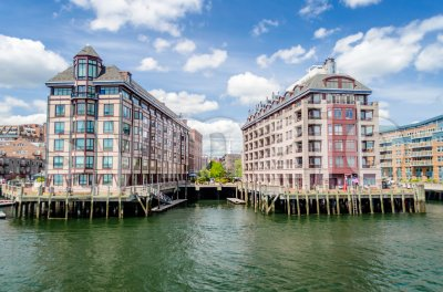 Residential buildings facing the Boston Harbor, USA Stock Photo