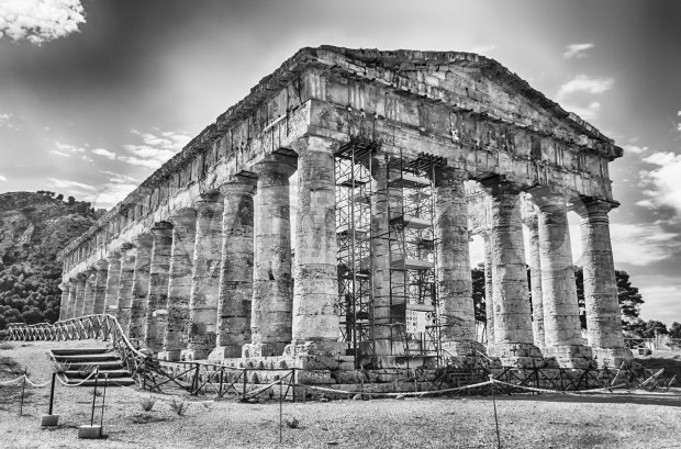Greek Temple of Segesta, Sicily, Italy Stock Photo