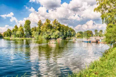 Idillic lake inside Gorky Park, Moscow, Russia Stock Photo