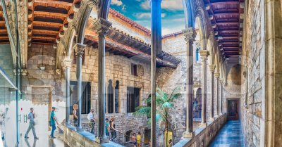 Inner courtyard and cloister of Museu Picasso, Barcelona, Catalonia, Spain Stock Photo